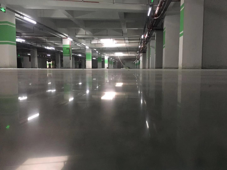 【湖北】地坪起砂治理怎么解决?看怡景世家停车场改造3000方德立固装甲地坪