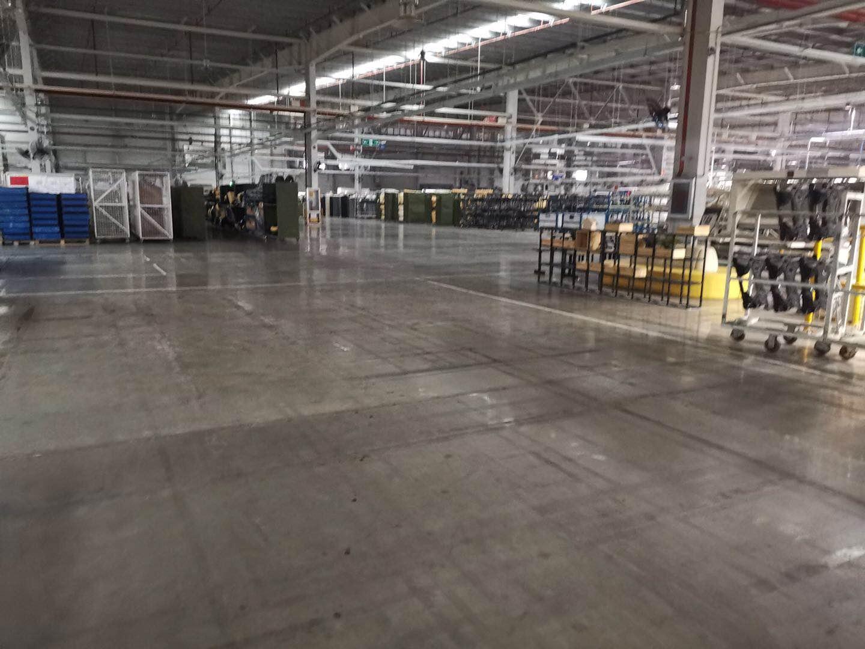 【湖北】华资服装厂升级密封型德立固装甲地坪,防尘起砂